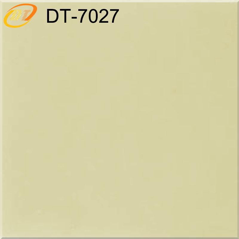DT7027