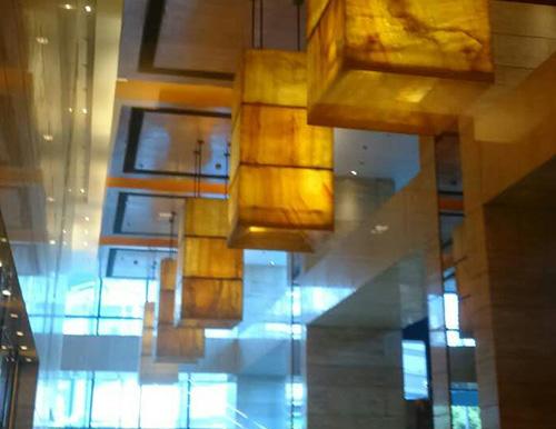 上海喜亚登酒店天然透光石吊顶